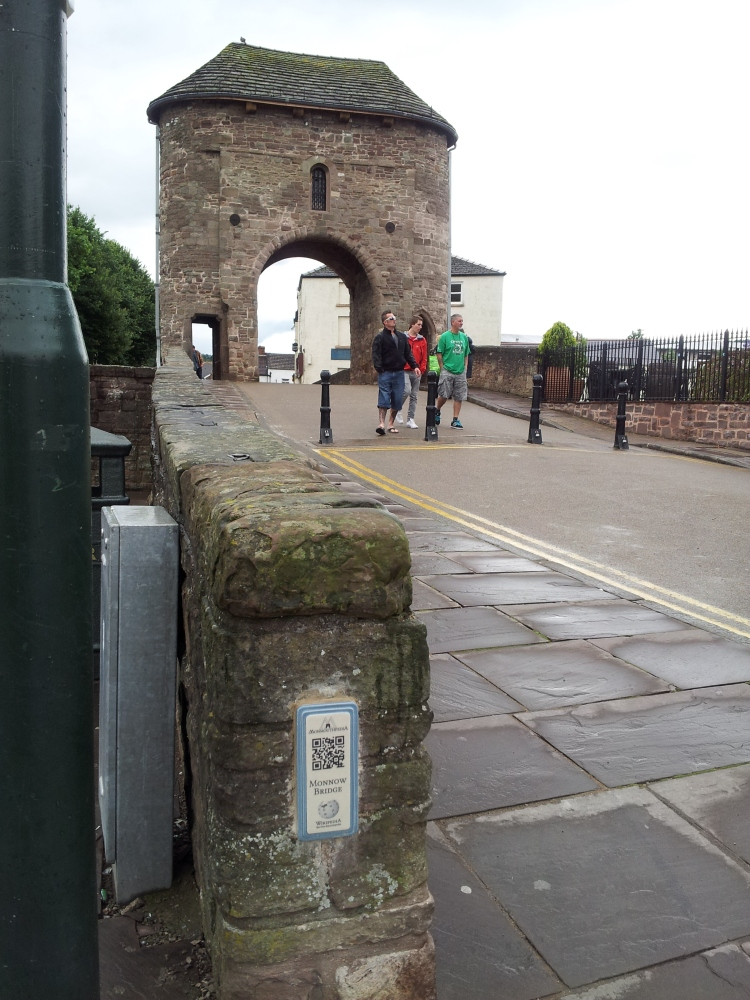 QRcode stuck on a bridge in the town of Monmouth
